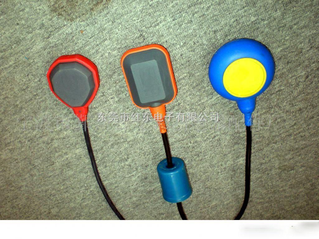 工作原理:  电缆浮球开关是利用微动开关或水银开关做接点零件,当